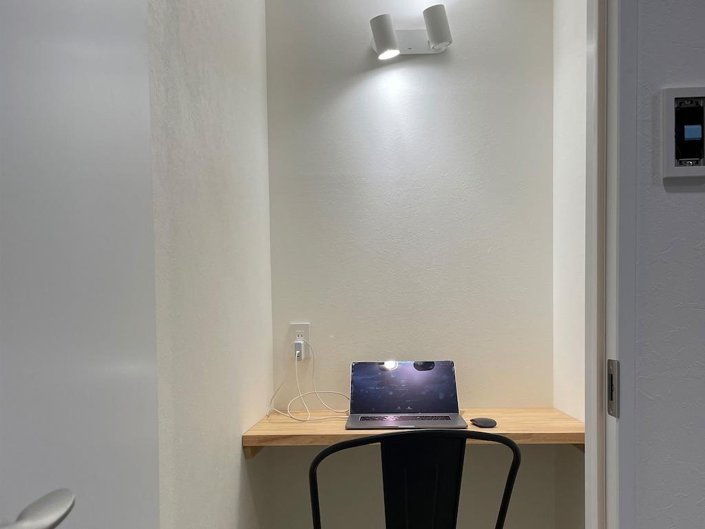 守山市のコワーキングスペース今プラス元布団屋の倉庫店のWEB会議室